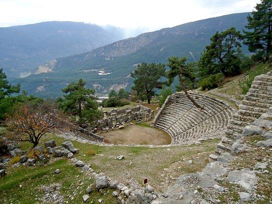 Finike, Turkey: Амфитеатр