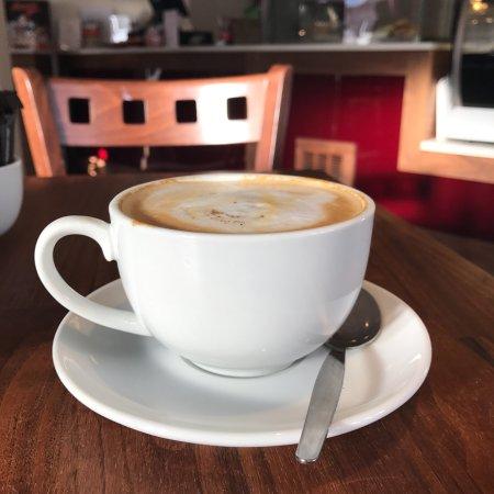 Farndon, UK: Lewis's Cafe