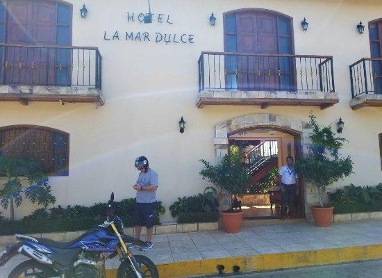 Hotel La Mar Dulce: 20180111_122854_large.jpg