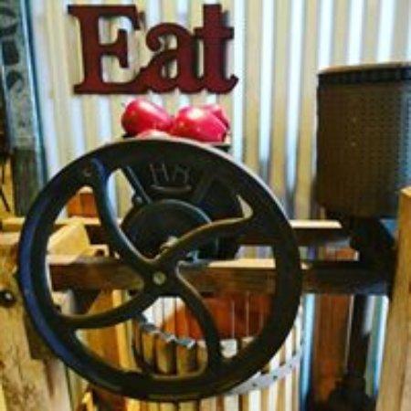 Inwood, WV: Eat