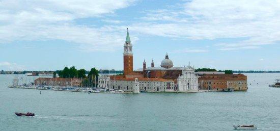 Laguna di Venezia: The lagoon of Venice certainly has some incredible views!