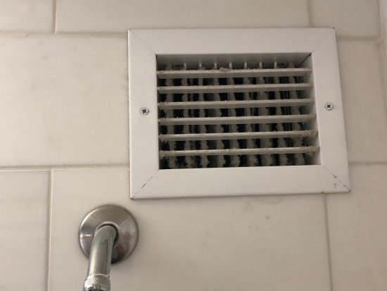 Kimpton Sir Francis Drake Hotel: AC vent full of dust