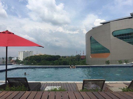 Swimming Pool On Level 2 Overlooking Hartono Mall Picture Of Yogyakarta Marriott Hotel Depok