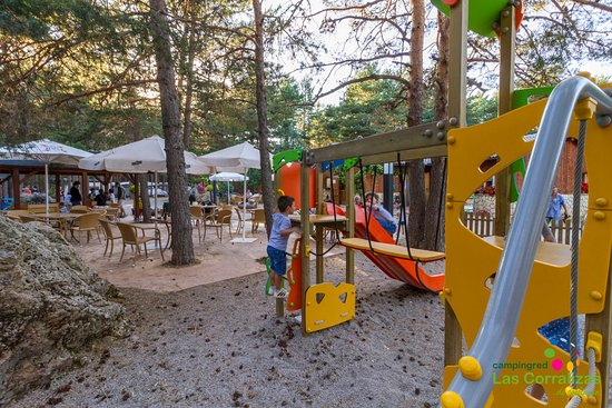 Bronchales, Spanien: Parque infantil