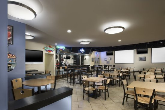 Four Points by Sheraton Kansas City - Sports Complex: Restaurant