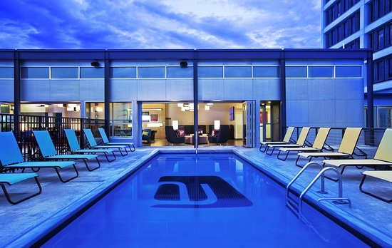 Aloft Tulsa Downtown: Pool