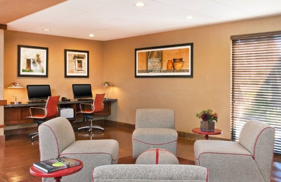 Four Points by Sheraton Tucson Airport: Business center