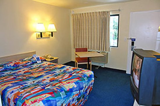 Roanoke Rapids, NC: Guest room