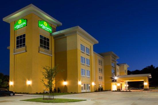 La Quinta Inn & Suites Starkville at MSU: Exterior