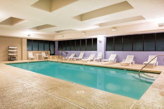 Lobby La Quinta Inn Suites St Louis Airport Riverport Maryland Heights Resmi Tripadvisor