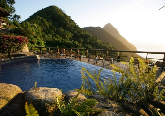 Ladera Resort: Exterior