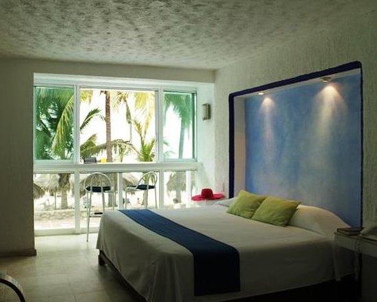 Villa Varadero Hotel & Suites: Guest room