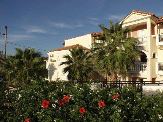 Venus Hotel & Suites: Exterior