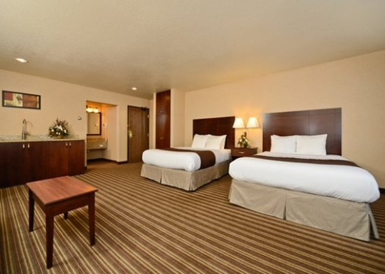 Yellowstone West Gate Hotel: Suite