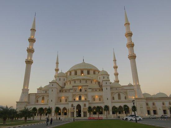 الفجيرة, الإمارات العربية المتحدة: Grand Sheikh Zayed mosque, Fujairah