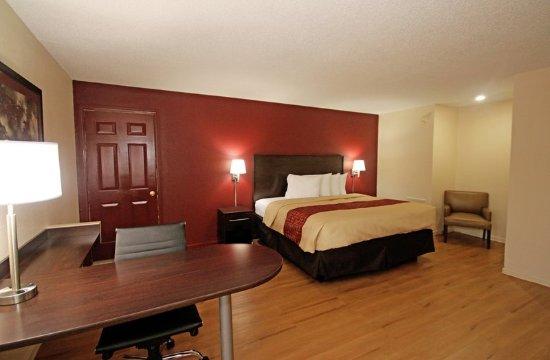 Hillsville, VA: Guest room