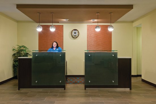 Artesia, NM: Lobby