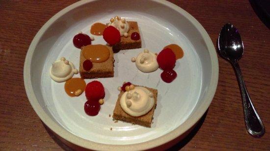 Le Coureur Des Bois Bistro: Dessert