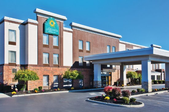 La Quinta Inn & Suites Columbus - Grove City: Exterior