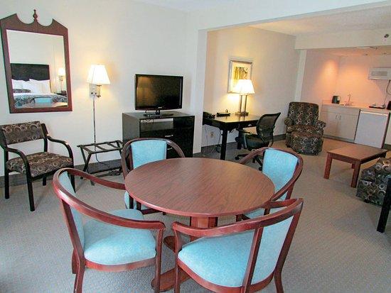 La Quinta Inn & Suites Clearwater South: Suite