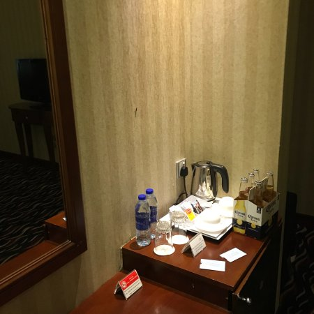 Cassells Al Barsha Hotel: photo1.jpg
