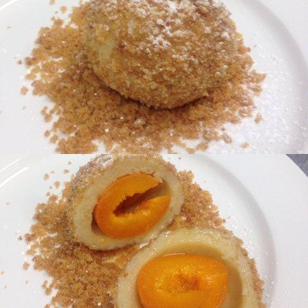 Peregian Springs, Australia: Apricot dumplings