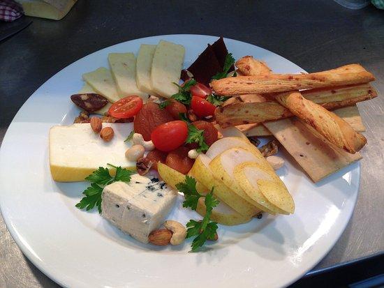 Peregian Springs, Australia: Cheese platter