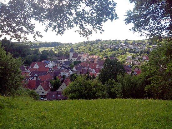 Wiernsheim, Tyskland: Iptingen