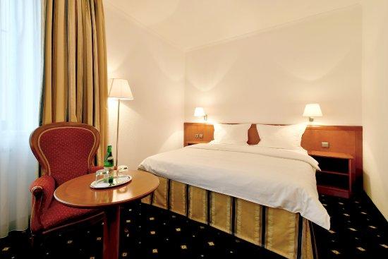 Hotel Coronet