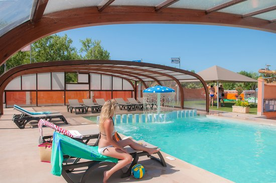 Camping cap soleil campground reviews france vias - Camping piscine couverte herault ...