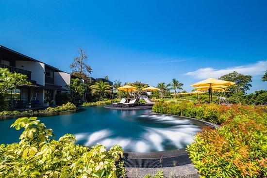The ShellSea Krabi: Manta Pool with Jets Bubble Massage