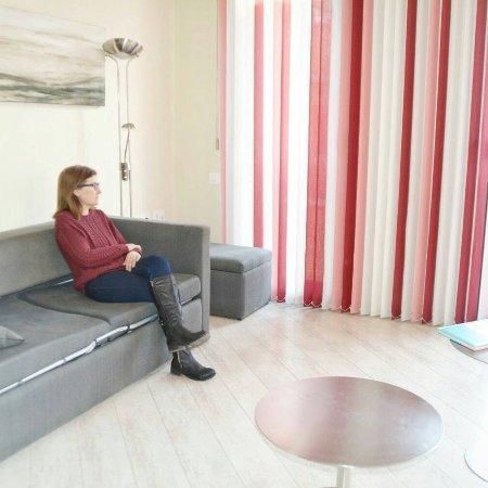 "The Urban Suites: IMG_20180111_201501_282_large.jpg"""