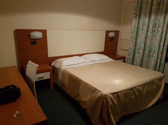 Hotel Santa Chiara: 20171230_175804_large.jpg
