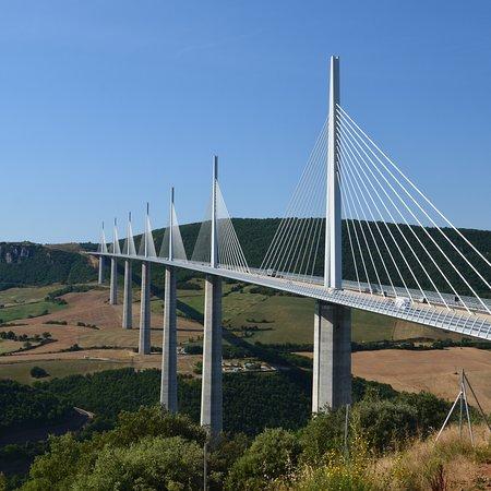 Millau Viaduct: photo0.jpg