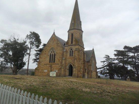 Ross, Australia: An old church
