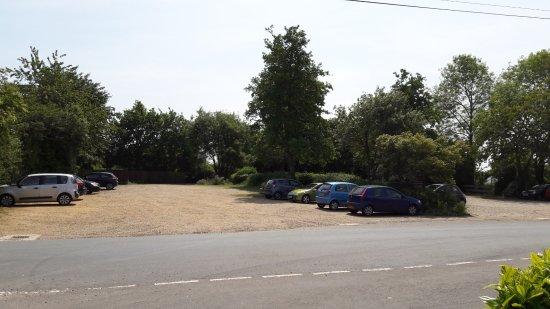 Thornham Magna, UK: Large, free car park