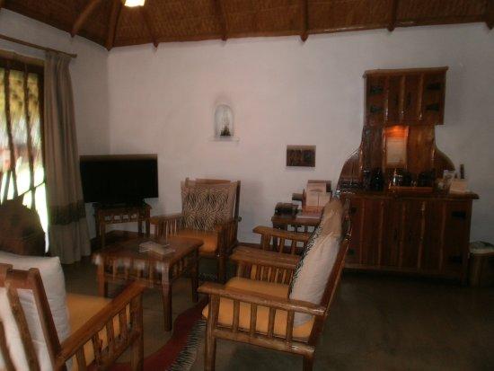 Beeramballi, India: seating area