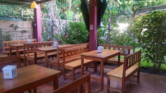 Las Lajas, Panama: salon de atrás