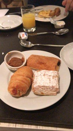 Hotel Pulitzer Buenos Aires: Opções doces café da manhã