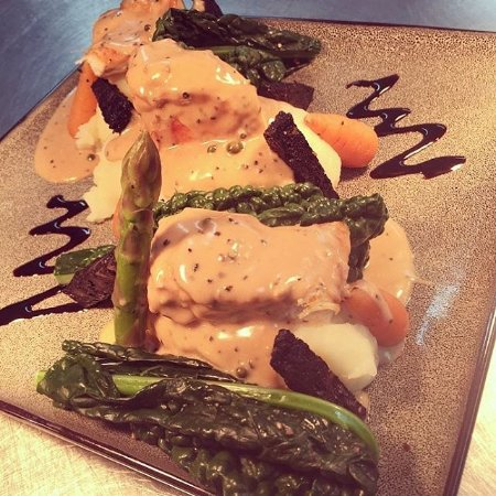 County Durham, UK: Chicken and Black pudding