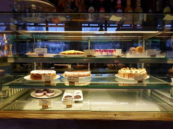Martin, Slovakia: Čáry máry cakes 2018_large.jpg