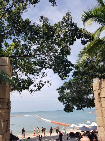 Centara Grand Mirage Beach Resort Pattaya: 20171231_103832_large.jpg