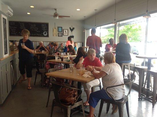 Reidsville, NC: lunch crowd
