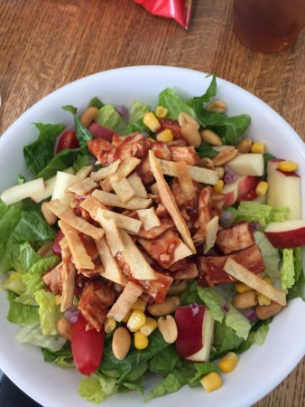 Reidsville, Carolina del Norte: Elaine's Big Salad