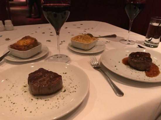 Fleming's Prime Steakhouse & Wine Bar: Perfectly cooked steaks and sides