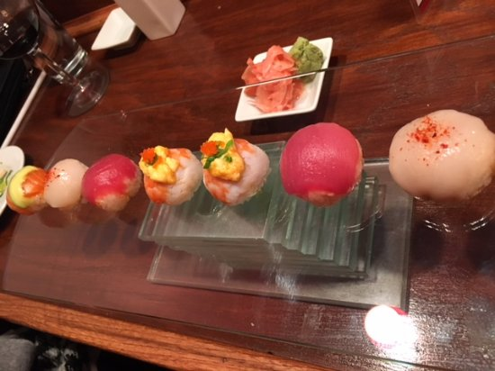 Concord, OH: First time we've seen sushi served like this. It was amazing!