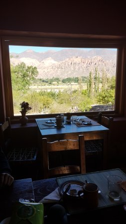 Cerro Chico: Desayuno desde nuestra vista preferida!