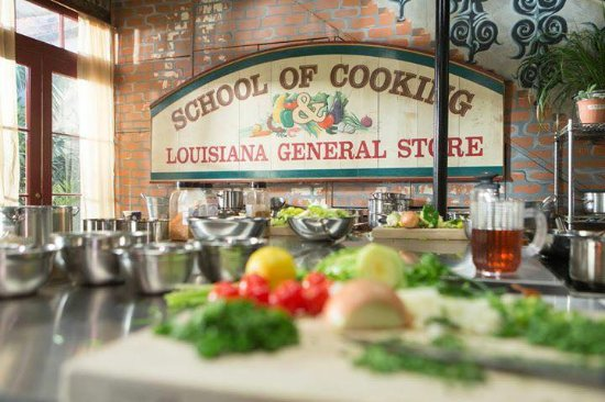 ‪New Orleans School of Cooking‬