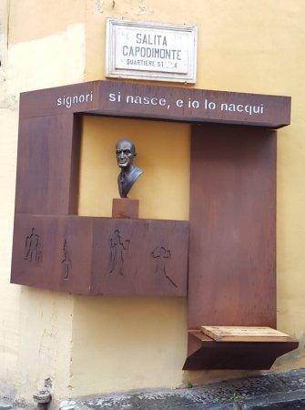 Statua di Busto di Totò