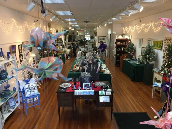 Meriden, CT: Unique gift shop, art exhibits, classes and more!